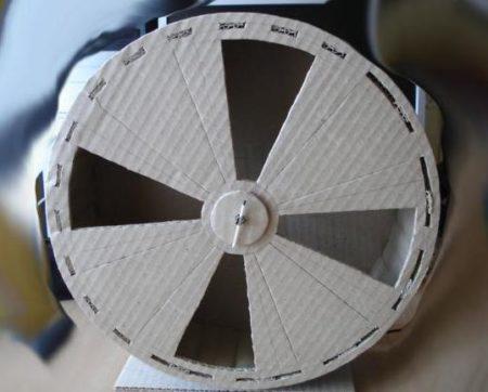 картонное колесо