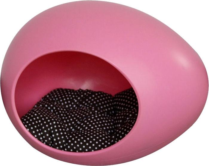 Розовая лежанка-яйцо из пластика